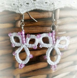 Little princess -earrings, frivolité
