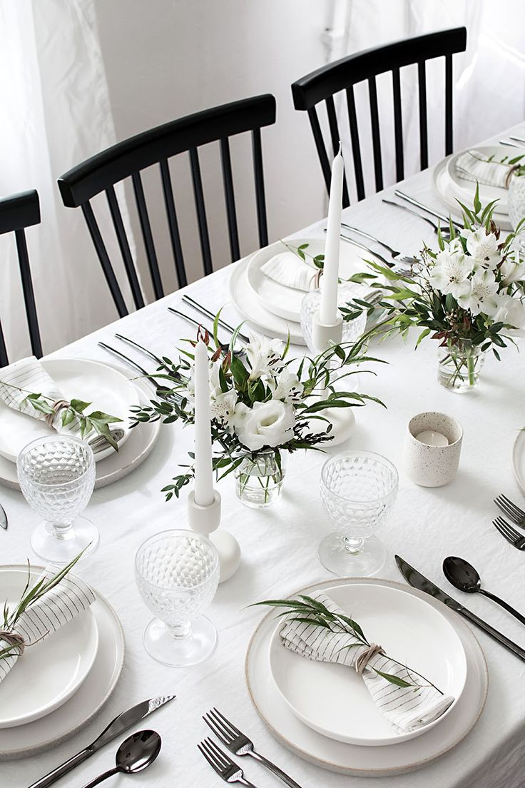 Best 25 table settings ideas on pinterest place for White wedding table decorations