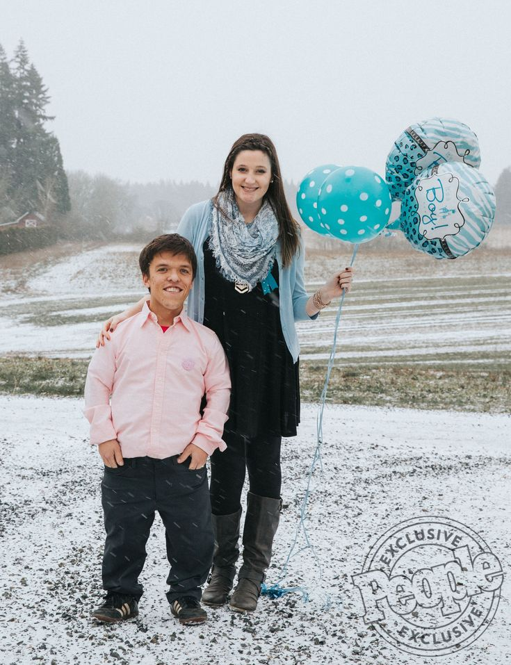 283 best images about little people big world on pinterest for Is zach roloff s baby a little person