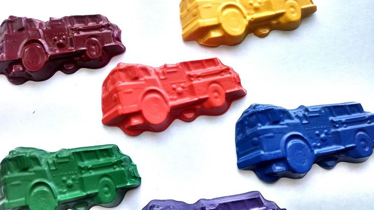 Fire truck crayons party favors -Set of 8 - fireman party theme, fire fighter party, fire engine party, fire truck birthday party favors by CustomCrayonsbySara on Etsy https://www.etsy.com/listing/185540886/fire-truck-crayons-party-favors-set-of-8