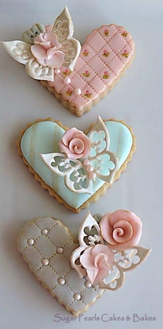 Pretty & elegant heart shaped valentines cookies!