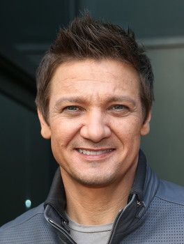 Jeremy Renner and Sonni Pacheco heading for a nasty divorce