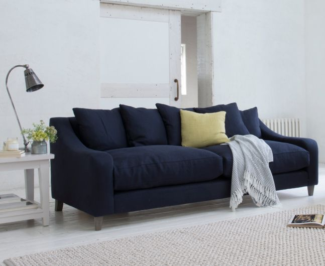 The Oscar sofa, being extra deep, is perfect for laid-back loafing. Available in a range of sizes & colours, it's ideal for horizontal living.