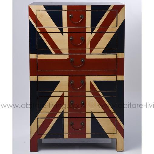 'So British'!  Allure Ultra moderne pour cette commode 6 tiroirs au look vintage arborant fièrement l'Union Jack.