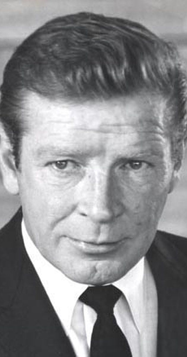 Richard Basehart, Actor: Voyage to the Bottom of the Sea. Richard Basehart came to Hollywood in 1947, after beginning an acting career on Broadway. He made his mark in the gritty film-noir classic He Walked by Night (1948), among others, and proved his versatility in several international productions, most notably in Federico Fellini's poignant masterpiece La Strada (1954).