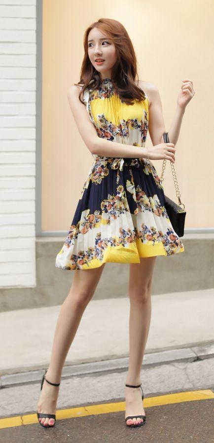 [Luxe Asian Women Dresses Fashion Style Korean Model Fashion Clothing] Yellow Tree Dress