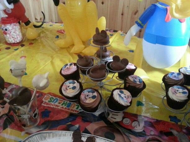 Mickey Mouse teacakes and cupcakes