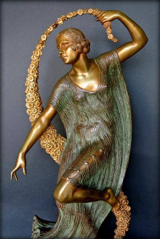 191 best images about arte deco on pinterest glass vase for Vase antique romain