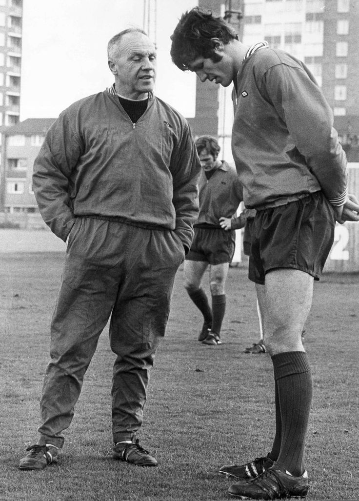 Bill Shankly, Liverpool manager, with forward John Toshack