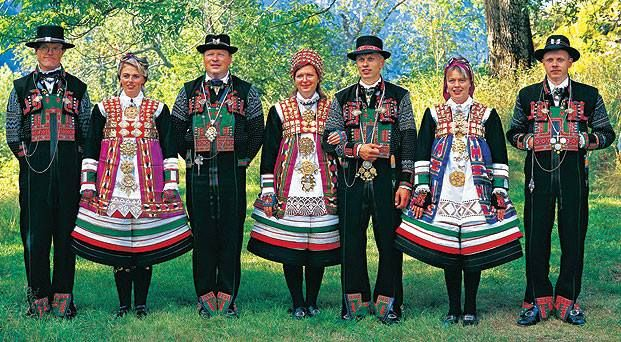 National Costumes (bunad) from Setesdal Valley in Norway. | From THE ESSENCE OF THE GOOD LIFE™     http://www.pinterest.com/ConceptDesigner/   https://www.facebook.com/pages/The-Essence-of-the-Good-Life/367136923392157