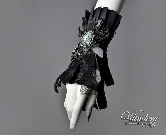 Beautiful Goth Victorian Cuff Bracelet with lady cameo, Lolita Vampire Style, Dark Fashion, Dark Fantasy Wedding Jewelry, Goth Accessories https://www.etsy.com/shop/Vilindery