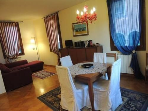 Venice Italy Vacation Rental 2 Bed 1 Bath Kitchen With Wifi