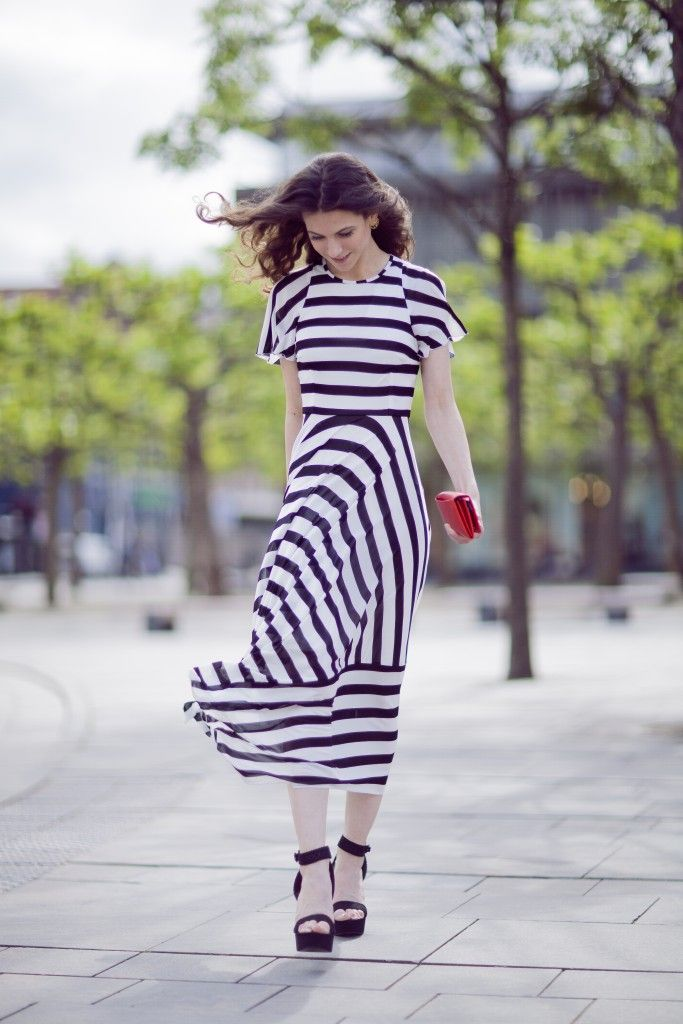 karen millen, maxi dress, maxi dress outfit, flowing dress, stripes, city style, my style