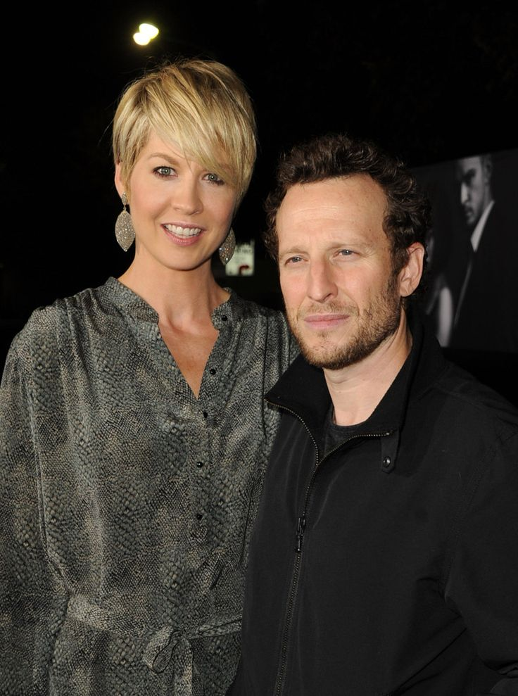 "Bodhi Elfman Photos Photos - Actors Jenna Elfman and Bodhi Elfman arrive at the premiere of Regency Enterprises' ""In Time"" on October 20, 2011 in Westwood, California. - Premiere Of Regency Enterprises' ""In Time"" - Red Carpet"