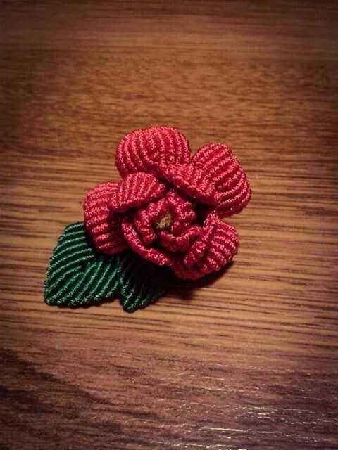 Rose macrame