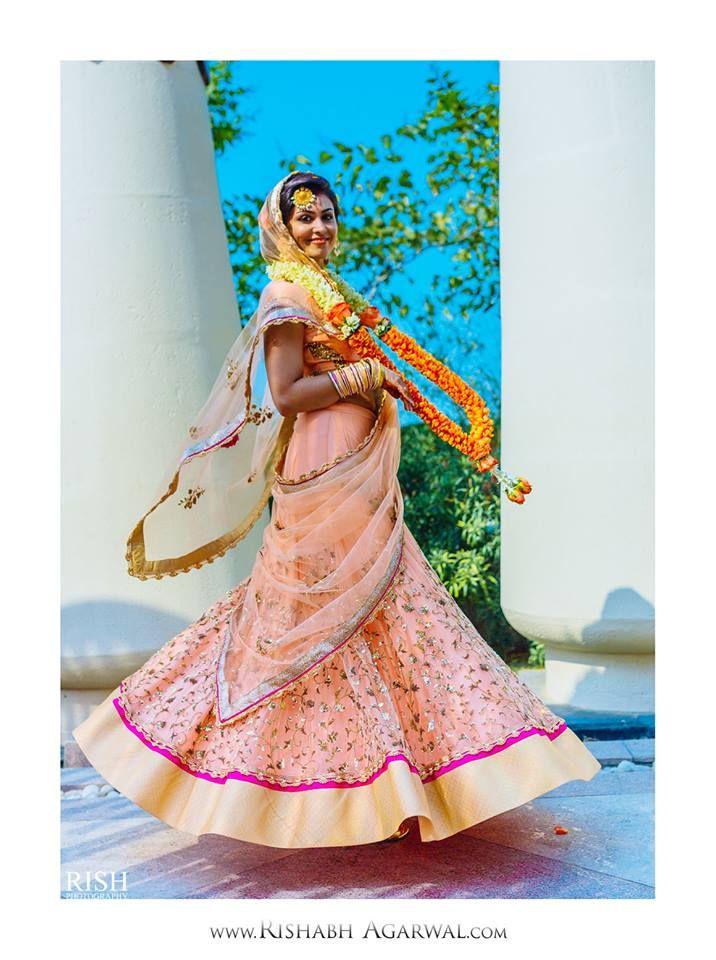 Beautiful Indian bride!  #weddingnet #indian #wedding #groom #bride #india #dress #decoration #decor #indianwedding #weddingphotography