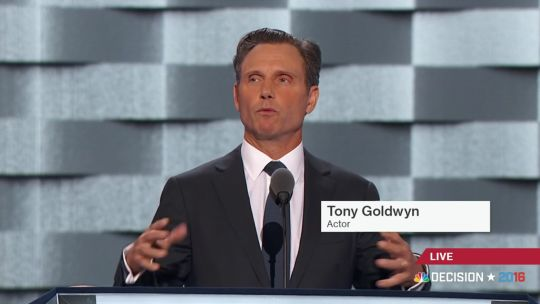 """Tony Goldwyn 😍""""Mothers of the Movement"""" speech at the DNC"""