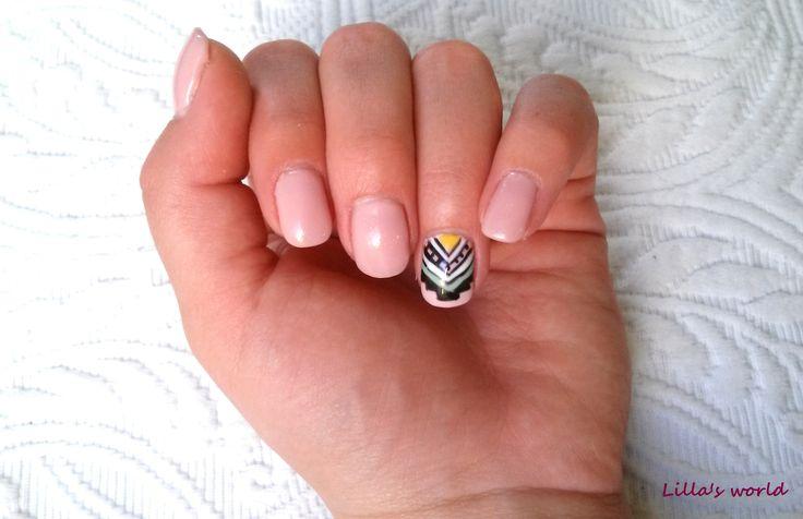 My tribal nail ♥ :)