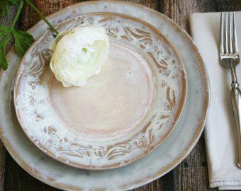 Best 25+ Rustic dinnerware ideas on Pinterest | Rustic ...