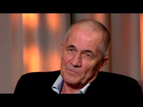Dr. Peter Gøtzsche: la industria farmacéutica es crimen organizado - YouTube