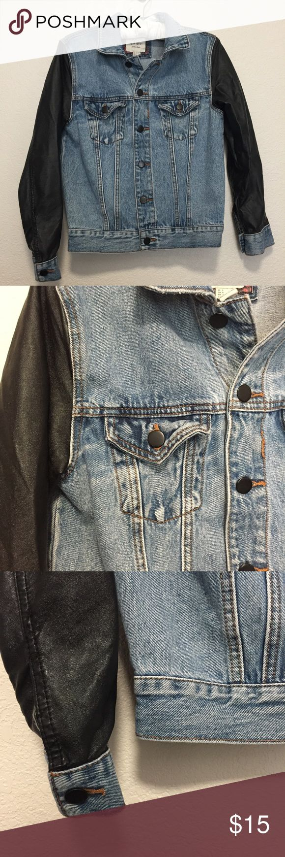 💣🖤💎Be the female G Easy💎🖤💣 Jean and faux leather jacket in a size small. Really good condition and super cute on😘 Jackets & Coats Jean Jackets