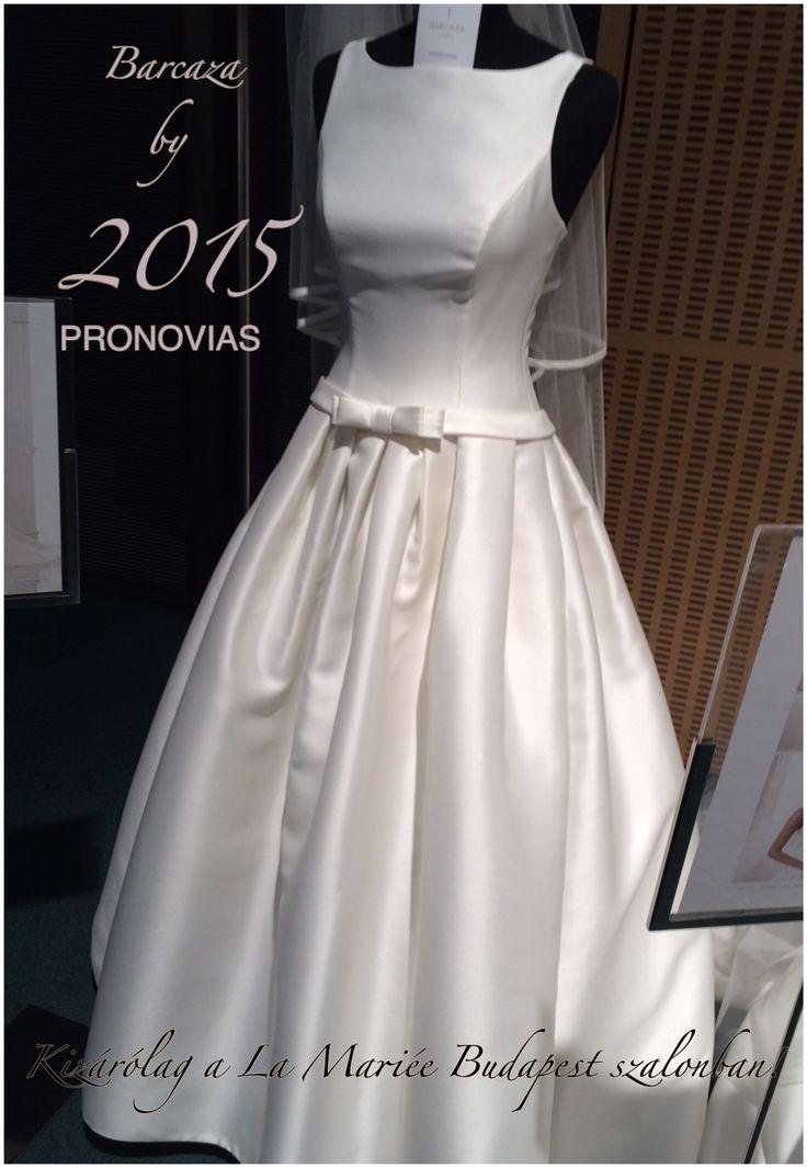 Barcaza esküvői ruha by 2015 PRONOVIAS http://lamariee.hu/eskuvoi-ruha/pronovias/barcaza
