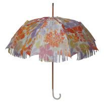 Extravaganter Regenschirm von Doppler Manufaktur I Modell Flower Power I Bild: Anja Sziele PR