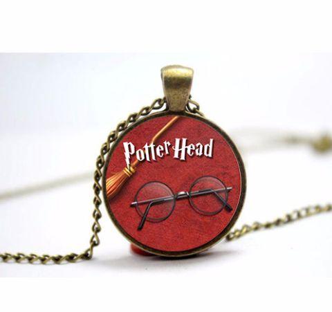 Harry Potter Potter Head Glass Pendant 25 mm + chain