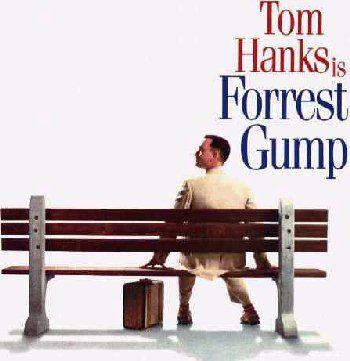 トム・ハンクス主演『フォレスト・ガンプ』(1994年作品)この同じ時期にシュワルチネッガー主演の『True lies』をやっていて、その映画のチケットを買って映画館に入ったところが、映画が始まってTom Hanksの名前が画面に出てきたんです。ほー、シュワルツネッガーの映画にトム・ハンクスが出てるんだ、とか思いながら見てる..どうもおかしいい。そのうち映画のタイトル「Forrest Gump」が出てきたのを思い出します。今思えば、劇場を間違えてよかったです。いい映画でした。