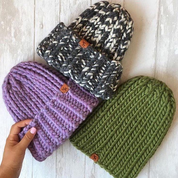 Шапки каждому нужны, шапки каждому важны  Вот такая красота из пряжи #KeepCalmThisWool #WoolandMania связалась у @irianaknit