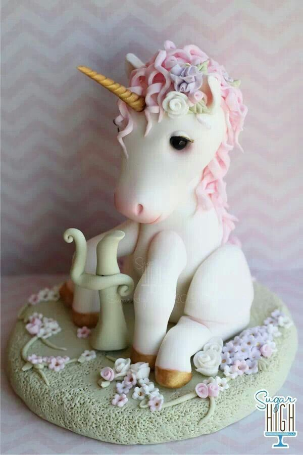 fondant unicorn from sugar high birthday ideas girls. Black Bedroom Furniture Sets. Home Design Ideas