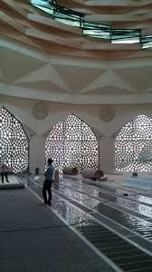 Marmara Üniversitesi İlahiyat Fakültesi Camii ve Kültür Merkezi ile ilgili görsel sonucu
