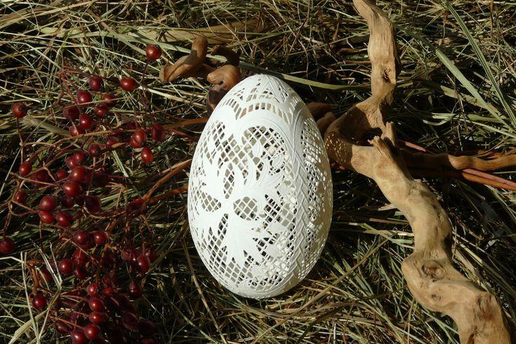 Pisanka ażurowa - jajo gęsie