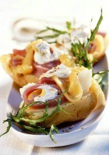 Pommes de terre farcies au jambon, à la crème et au cheddar