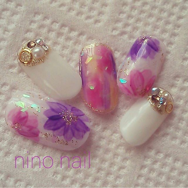 「フラワーネイル」で春先取りの春ネイル♡人気の花柄ネイルデザイン画像100枚♡ | Jocee
