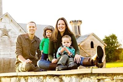 Love this pose.Photos Families, Families Shots, Families Pictures, Families Poses, Future Families, Cute Families, Families Photos, Families Pics, Families Portraits