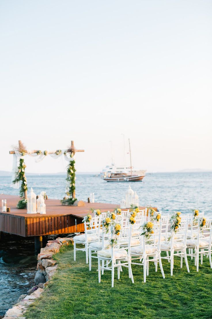 This Turkish Wedding Is The Perfect Blend Of Casual And Elegant - Wedding Planning -- Wedding Goals | Coveteur.com