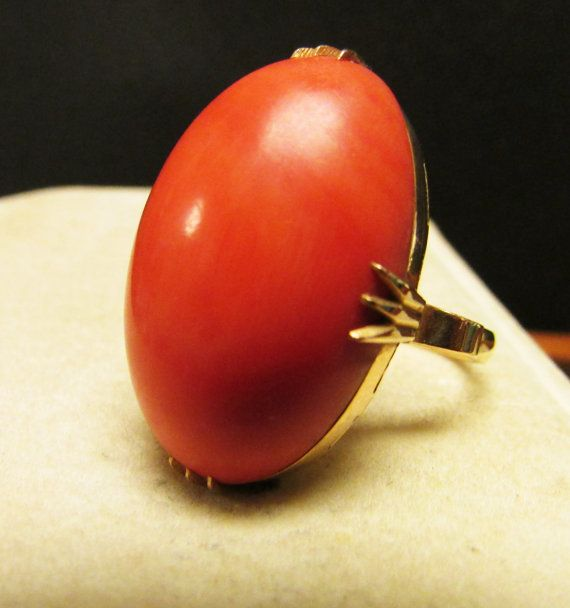 Vintage Estate 18KT Large 35.6 Carats Thick Salmon Orange Coral Cabochon Ring by Alohamemorabilia
