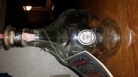 "Albuquerque, NM Merchandise / Vintage Empty ""Belle of Lincoln"" Jack Daniels Bottle w/ story booklet - Geebo - In great condition, no scratches, nicks or marks."
