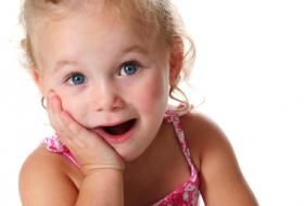 surprised little girl blonde