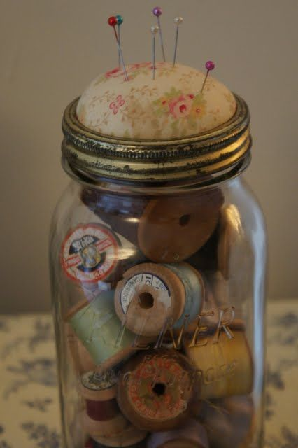 fading grace: Bits & Bobs & Buttons [loving the vintage cotton reels]