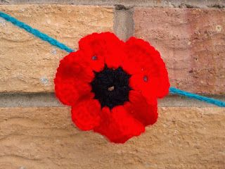 remembrance day pins canada