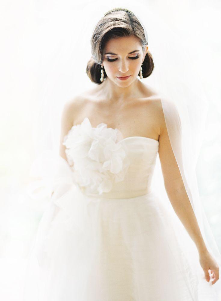 chicago wedding fine art photography claryphotoHair Photography, Vera Wang, Dresses Wedding, Wedding Dressses, Bridal Looks, Chicago Wedding, Bridal Portraits, Gowns, Flower Bust