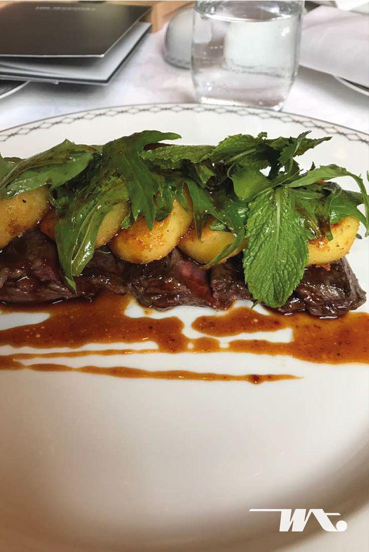 Sajian makan malam yang luar biasa ketika liburan ke paris photo by Cipto French NY Steak, Peninsula Restaurant Paris
