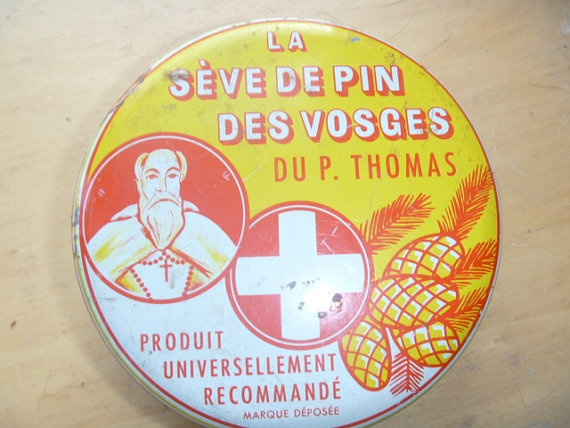 Rusty French Medicine Tin  In One Treasury by JanniesJunkandJems, €8.00