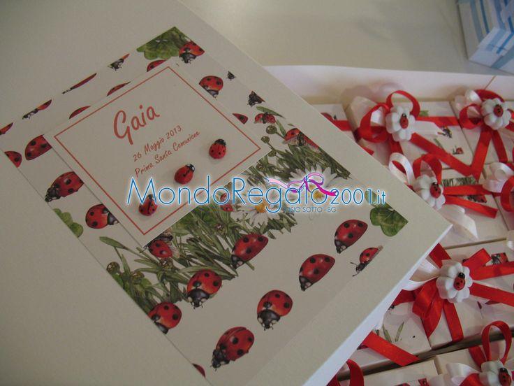 Confezione interamente personalizzata. http://www.mondoregalo2001.it/index.php/foto-gallery/bomboniere-comunione/