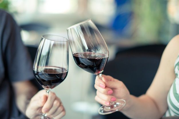 10 Ways Wine Can Be Good For You, According to Science