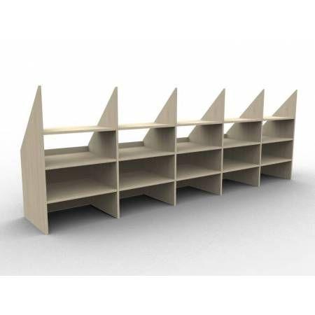 les 25 meilleures id es concernant rangement sous pente sur pinterest am nagement toit en. Black Bedroom Furniture Sets. Home Design Ideas