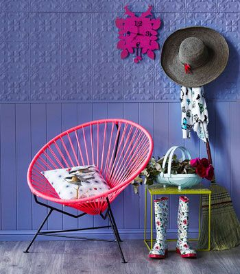 neon chair: Neon Chairs, Funky Chairs, Amazing Colour, Circles Chairs, Fluo Neon, House Gardens, Neon Circles, Cool Chairs, Acapulco Chairs