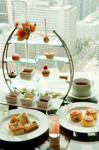 日本橋のマンダリンオリエンタル東京の38階最上階で味わえるアフタヌーンティー。